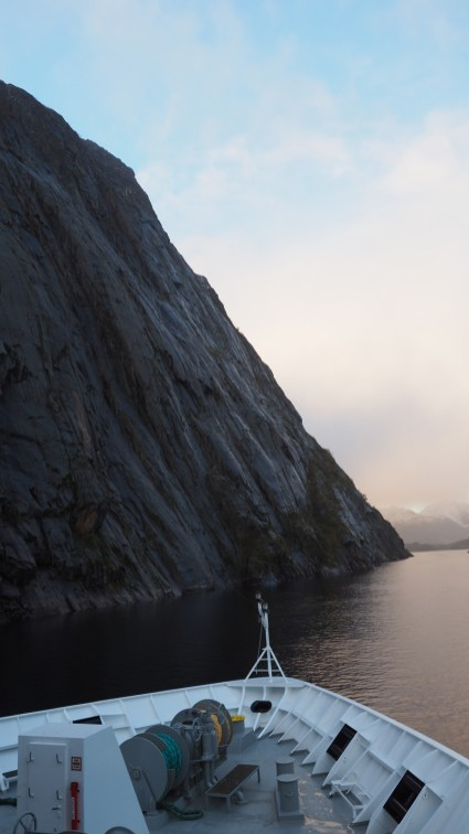 Wir verlassen den Trollfjord