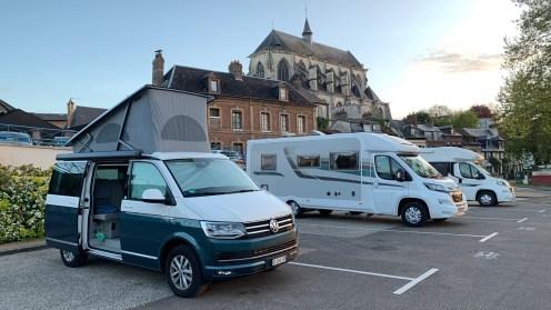 Aire de Camping Cars Pont de l'Arche