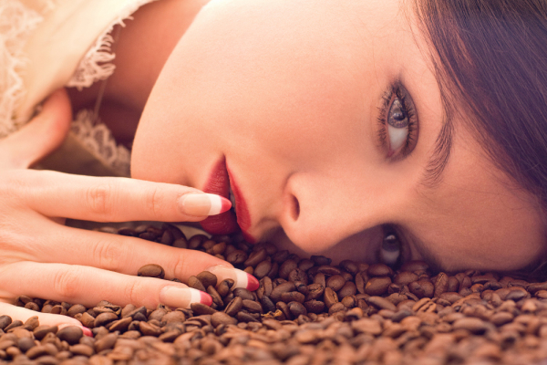 The-nature's-co-coffee-face-scrub-review-coffee-for-skin