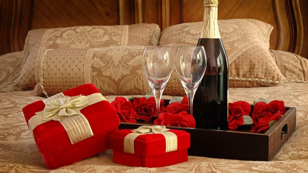 confess-your-love-on-valentine's-with-affordable-gifts