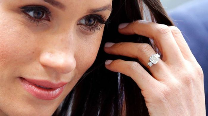 meghan-markle-engagement-ring