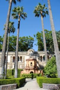 La Fuente de la Fama - hydraulic organ fountain that makes music every hour.