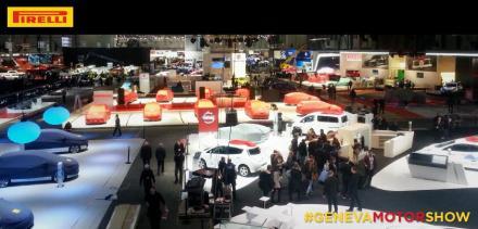 2014 Geneva show floor