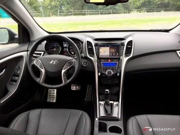 2015_Hyundai_Elantra_GT.15