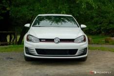2015_VW_Golf_GTI.16