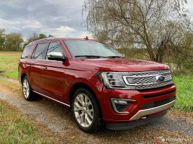 2018-Ford-Expedition-Platinum-03