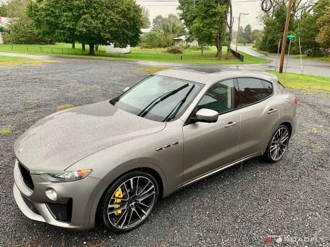 2018-Maserati-Levante-GTS-07