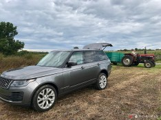 2018_Land_Rover_Range_Rover_Supercharged_11