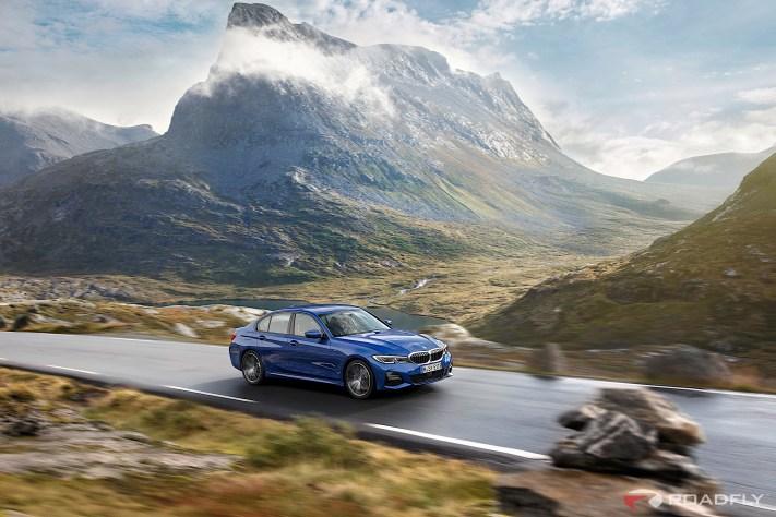 2019-BMW-3-Series-330i-330xi-01