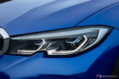2019-BMW-3-Series-330i-330xi-29