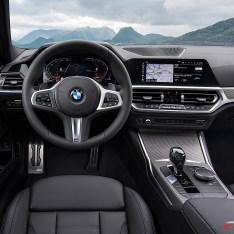 2019-BMW-3-Series-330i-330xi-35