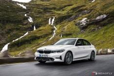 2019-BMW-3-Series-330i-330xi-49