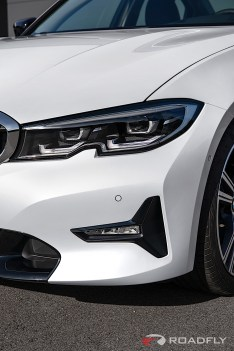 2019-BMW-3-Series-330i-330xi-67