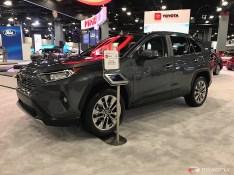 2019-Toyota-RAV4-02