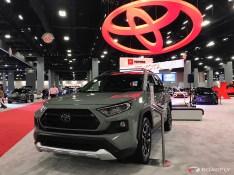 2019-Toyota-RAV4-06