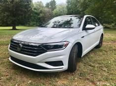 2019-VW-Jetta-SEL-Premium-White-Silver-06