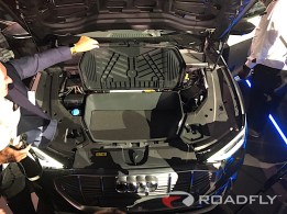 2019-audi-e-tron-quattro-electric-63