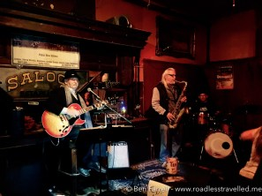 Jazz Band in a moody Saloon