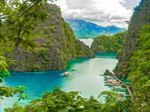 Coron Philippines article by writer, blogger and photographer Ben Farrell