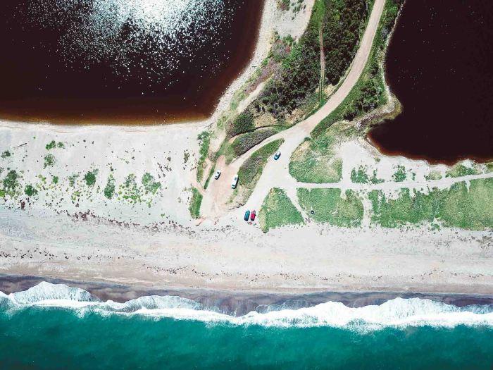 RoadLoft Boondocking sur les plages désertes du Cap-Breton