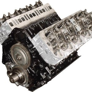 Chevy Duramax 6.6L diesel engine