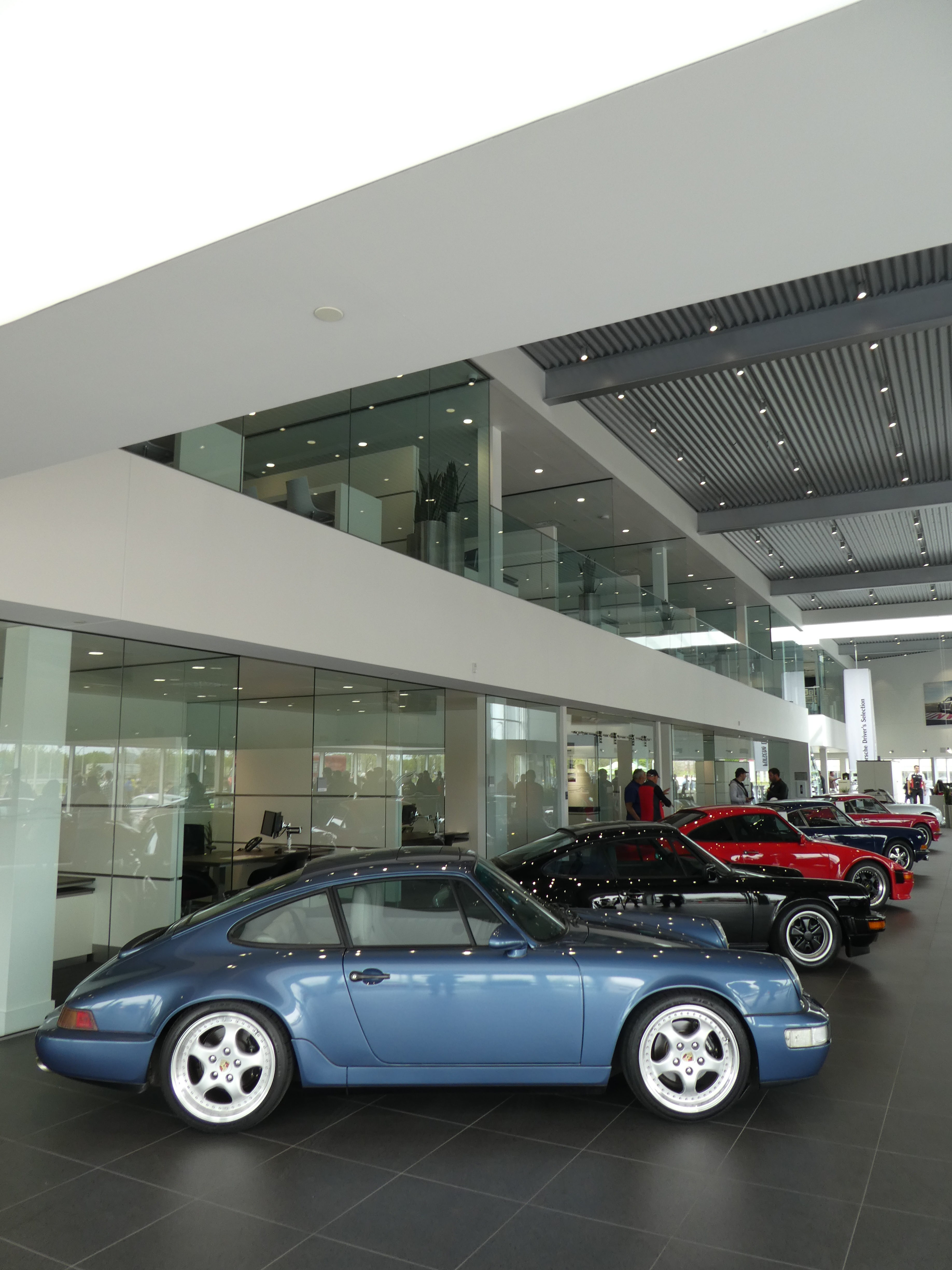 Porsche 993 on Porsche&Coffee at Porsche Rive Sud Montreal for Road Rug Cars RoadRugCars Galiffi Brothers Cars