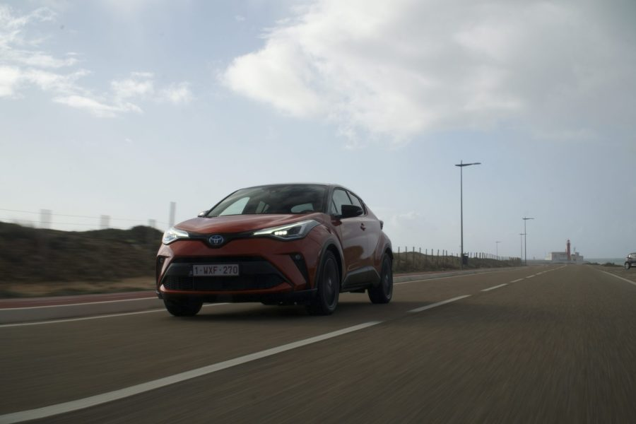 roadrugcars road rug cars galiffi toyota chr 2020 side road test drive jalil chaouite