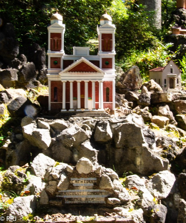 Mobile Catherdral in Ave Maria Grotto