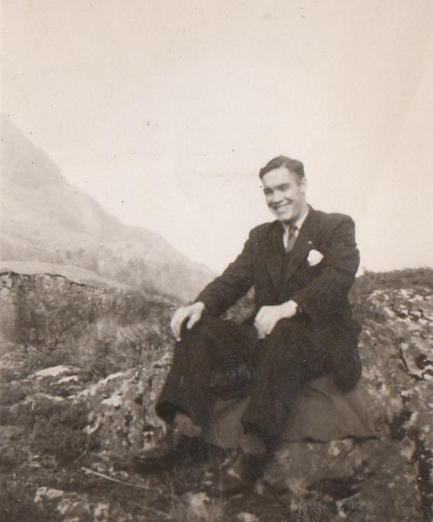 1949 Kinloch rock