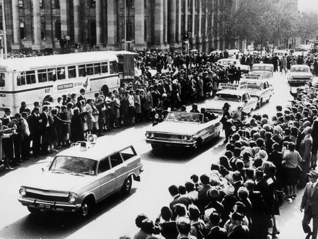 Beatles motorcade on North Terrace, Adelaide