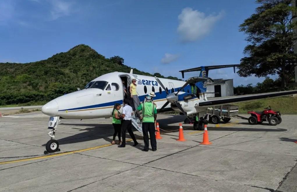 Im Flugzeug nach Providencia