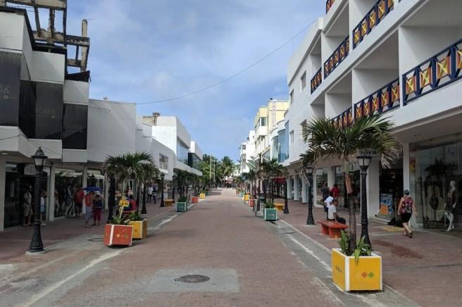 San Andres, Einkaufsstraße
