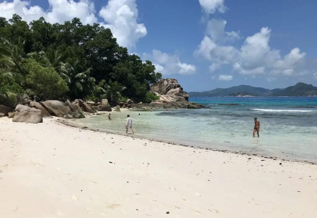 La Digue Strände | 8 traumhafte Strände auf den Seychellen