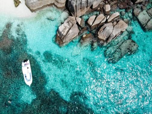 Türkisblaues Wasser vor Coco Island