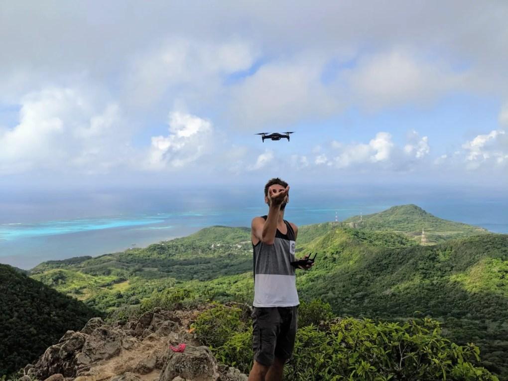 Drohne starten aus der Hand