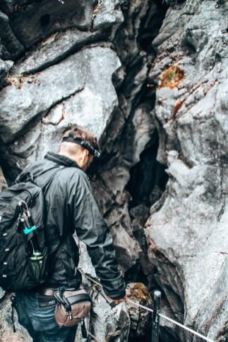 Blick in die Trollkirka Höhlen