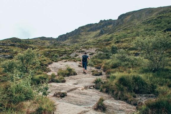 Wanderung über Felsen