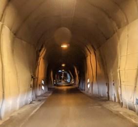 Einspuriger Tunnel auf Island