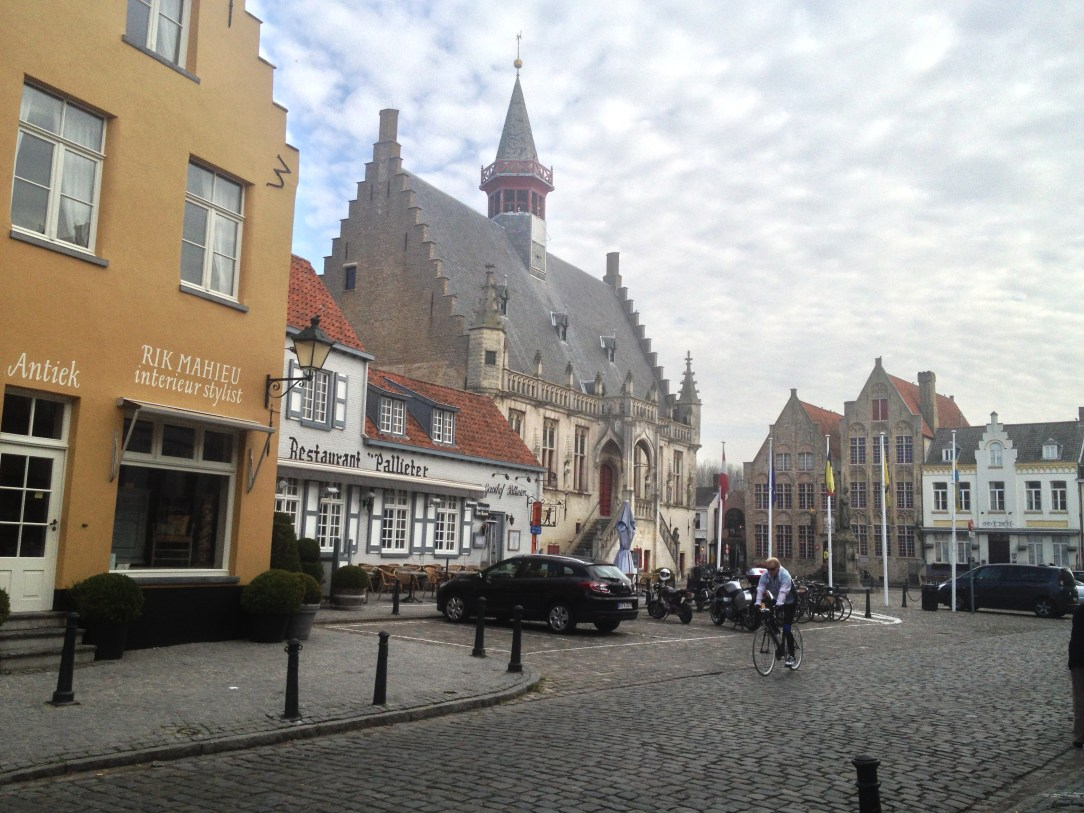 Variety of architecture in the centre of Damme