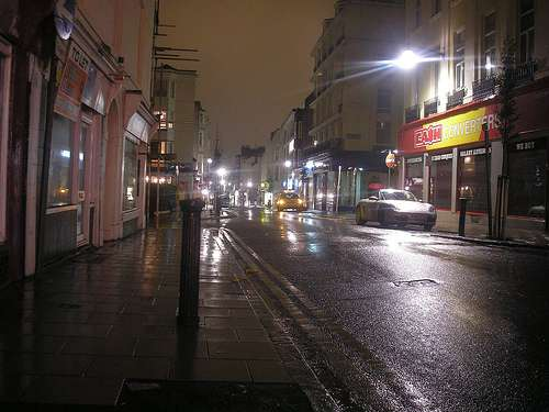 night-in-james-street-brighton-by-elsie-esq-at-flickrdotcom.jpg