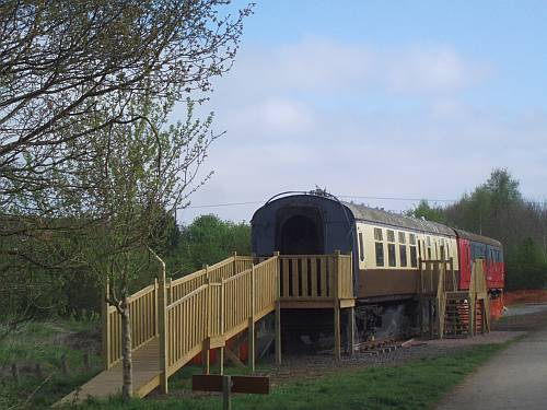 railway carriages cafe greenway stratford upon avon england 2009 roadsofstone