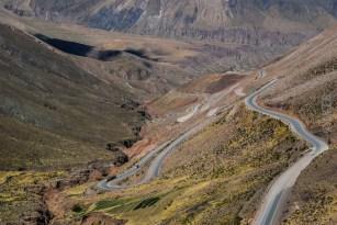 The Lipan Slope. Οι Αργεντίνοι δηλώνουν περήφανοι για αυτό το δρόμο, επειδή η κατασκευή του ήταν εξαιρετικά δύσκολη λόγω της μορφολογίας και του κλίματος της περιοχής