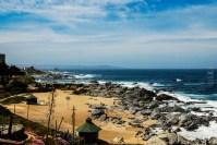 Θέα στον ωκεανό απο την αυλή της Casa del Isla Negra