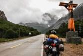 Θαμπή η φωτογραφία στο Cerro Castillo, η Έλενα μετα βίας μπορούσε να κρατήσει τη φωτογραφική.