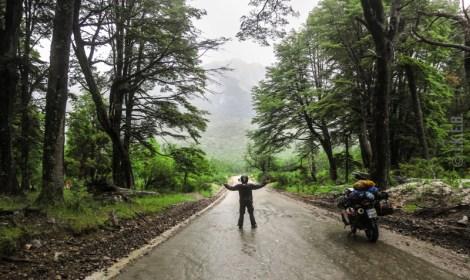 Στο δρυμό Nahuel Huapi η βροχή δεν μας χαρίστηκε αλλά η ατμόσφαιρα ήταν καταπληκτική