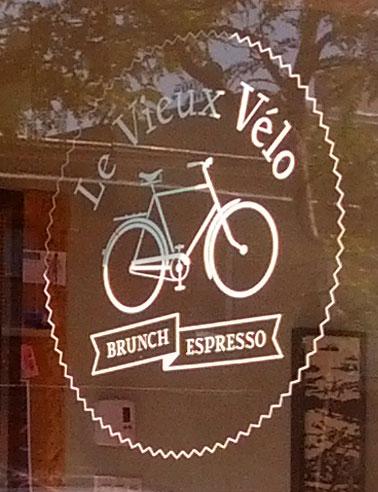 Le Vieux Vélo Montreal breakfast diner