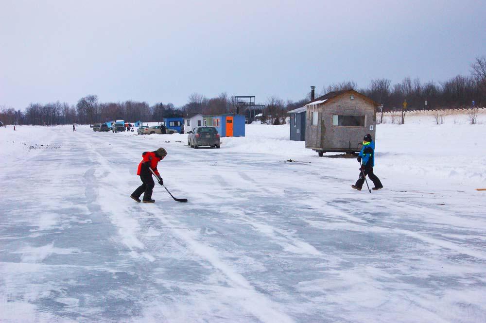 Ice Fishing Hut Community