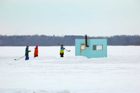 ice-hut-skaters
