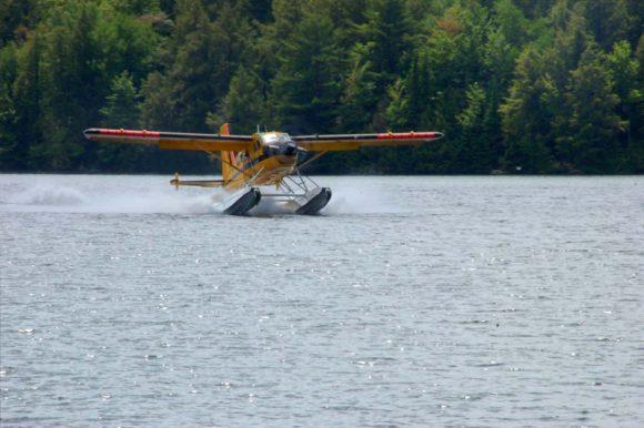 Algonquin-Provincial-Park-Smoke-Lake-sea-plane