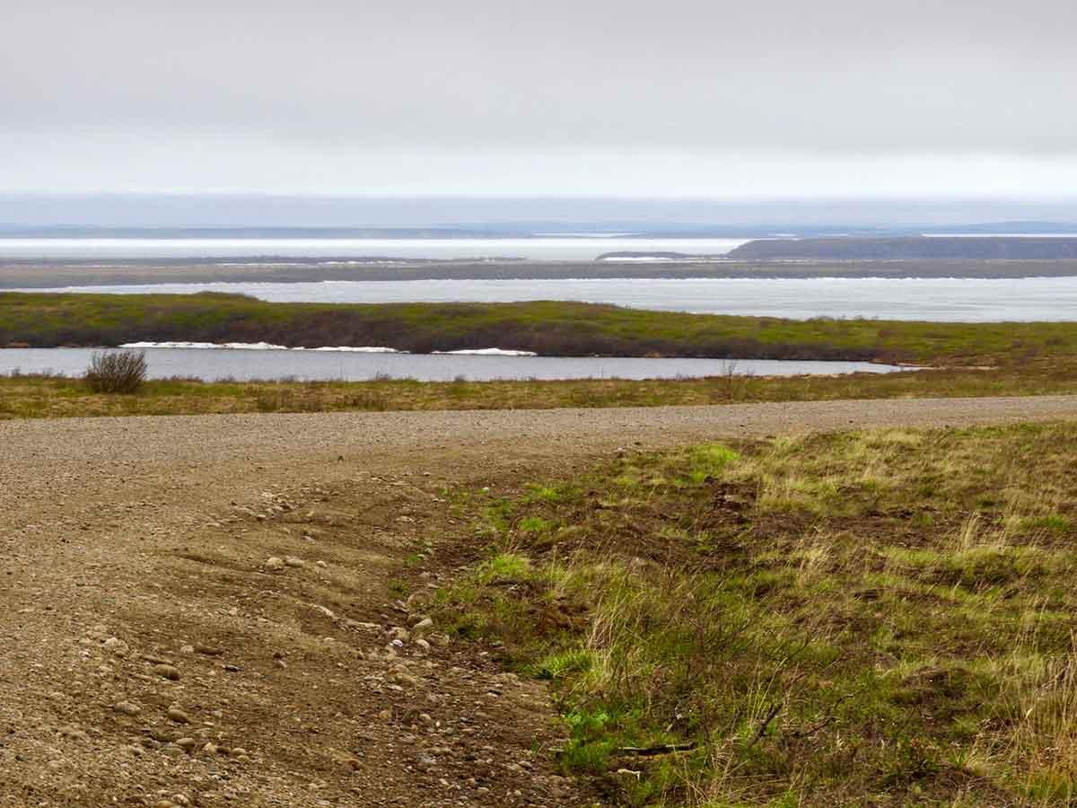 Inuvik Tuktoyaktuk Highway